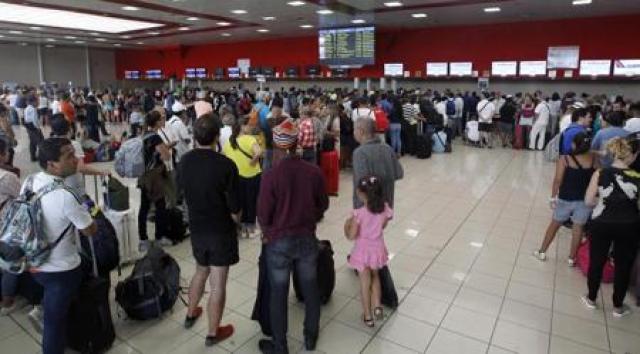 El aeropuerto internacional José Martí de La Habana reanudó sus operaciones este martes tras el paso del huracán Irma