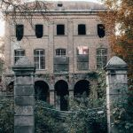 Ghost Tales And Grisly Histories Give Haunted Buildings Their Scary Appeal Here S How Abc News