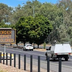 Victoria will keep its border with New South Wales open and it will stick with its permit system for those coming in from the state