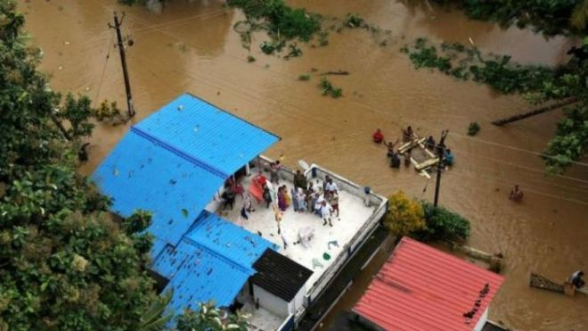 Hundreds killed in India floods as evacuations continue
