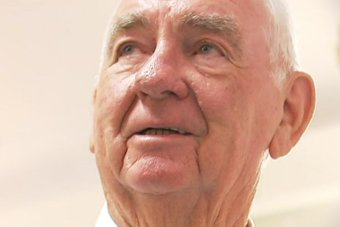 Headshot of former Queensland premier Mike Ahern looking upwards on December 20, 2018