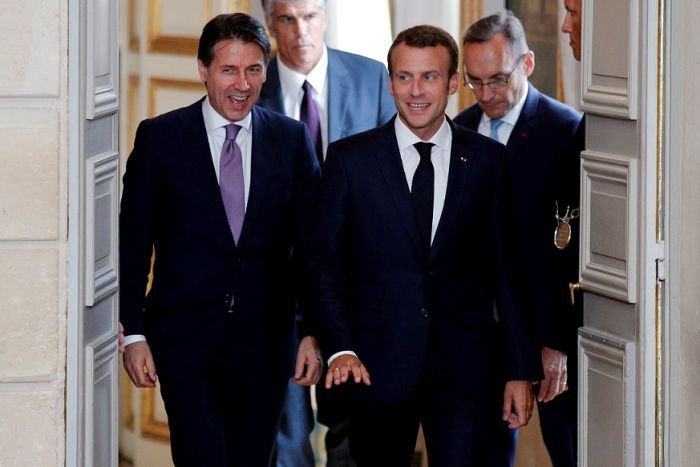 Italian Prime Minister Giuseppe Conte (left) and French President Emmanuel Macron (right) at Elysee Palace in 2018.