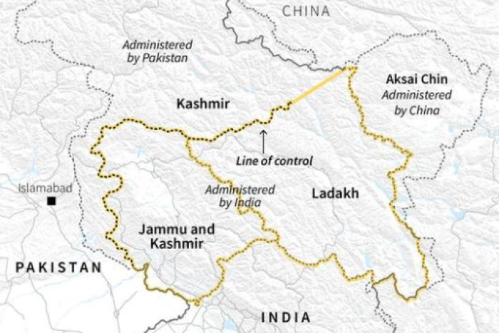 A map of Jammu and Kashmir and where it sits between India and Pakistan