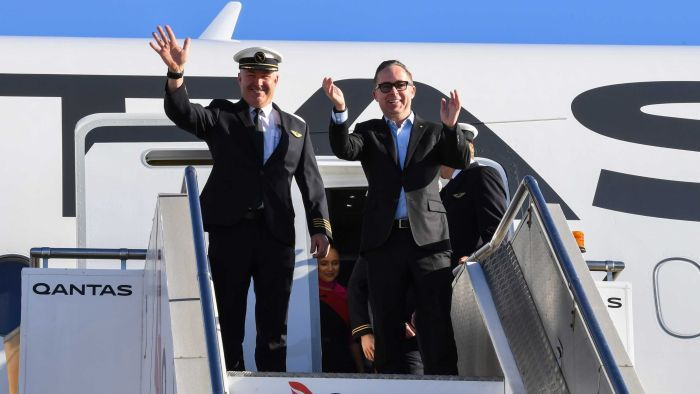 Qantas flight makes history by flying 19 hours non-stop from New York to Sydney