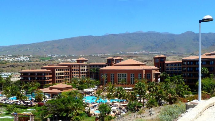 The case of the Canary Islands coronavirus forces the hotel to freeze