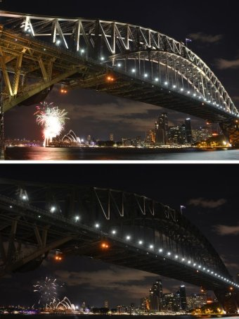 Sydney Harbour Bridge before and after Earth Hour