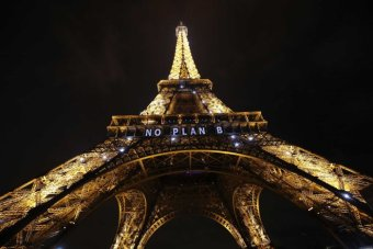 'No Plan B' is lit up on the Eiffel Tower