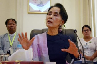 Aung San Suu Kyi speaks at press conference