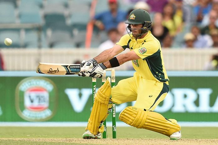 Maxwell hits out for the Stars