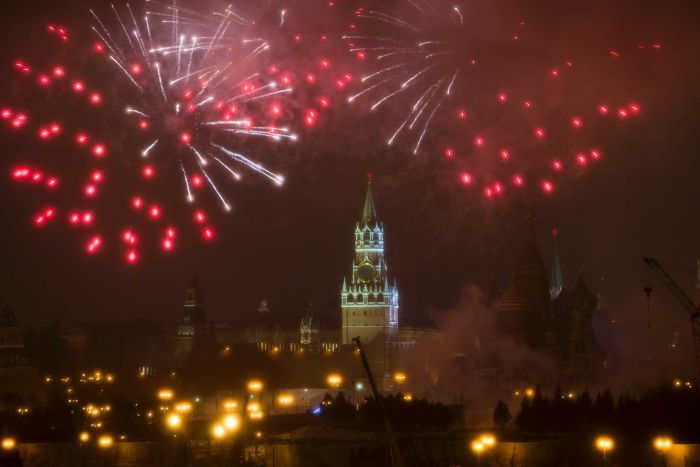 New Year  How countries around the world ushered in 2017   ABC News     Fireworks explode over the Kremlin  during the New Year celebration in  Moscow  Russia