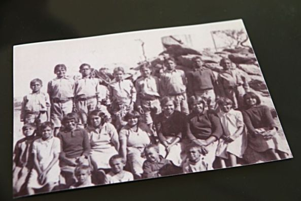 Harry Bennett and other children at the Phillip Creek Mission.