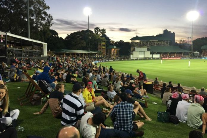 Crowds watch day two of the Women's Ashes Test at North Sydney Oval.