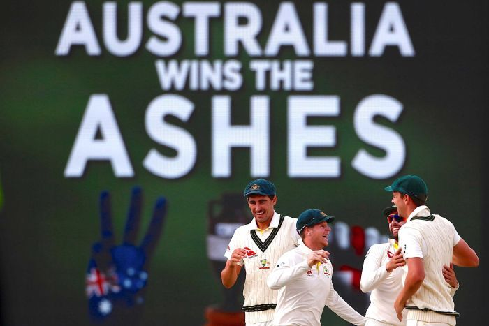 Steve Smith and teammates celebrate Ashes win at the WACA