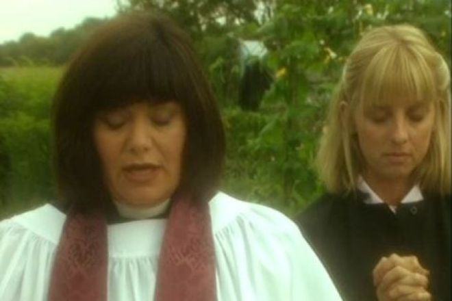 Dawn French and Emma Chambers in The Vicar of Dibley.