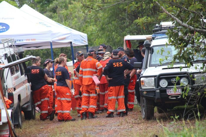 SES volunteers at the Cowley Beach site near Innisfail where skeletal remains believed to be those of Leeann Lapham were found.