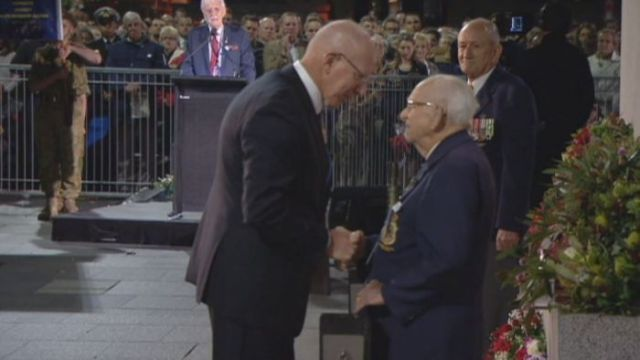 Wally Scott Smith honoured for his 78 years as custodian of Anzac cenotaph