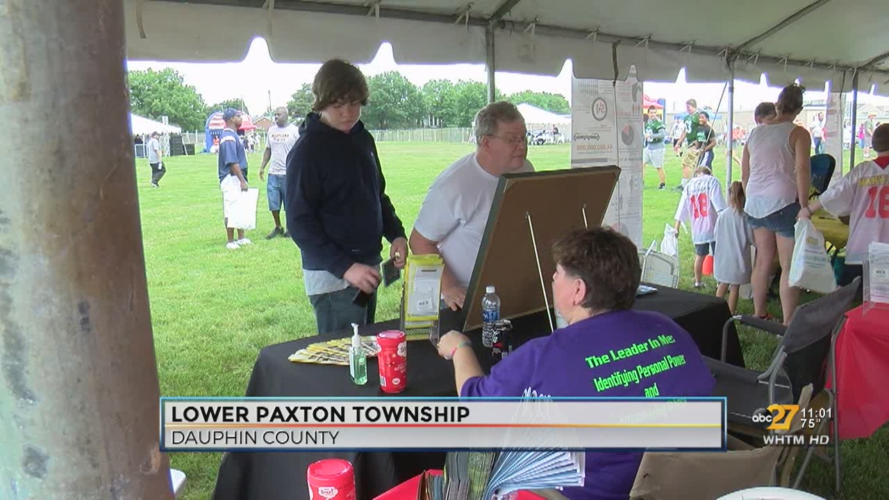 Parents, kids learn about drug abuse at Big 33 Football Classic