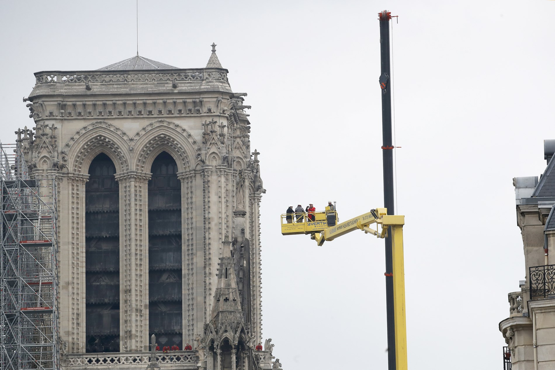 France Notre Dame Fire_1555418997111