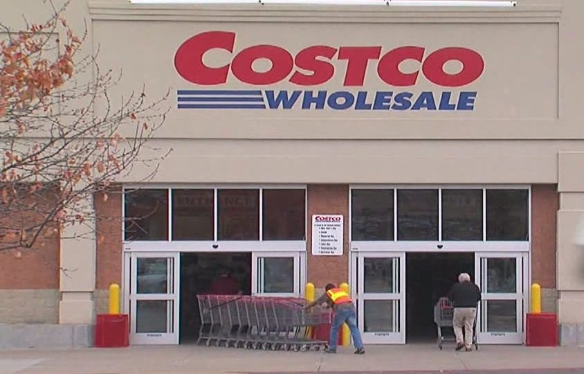 Officials: Woman steals $28K Costco diamond ring after swap
