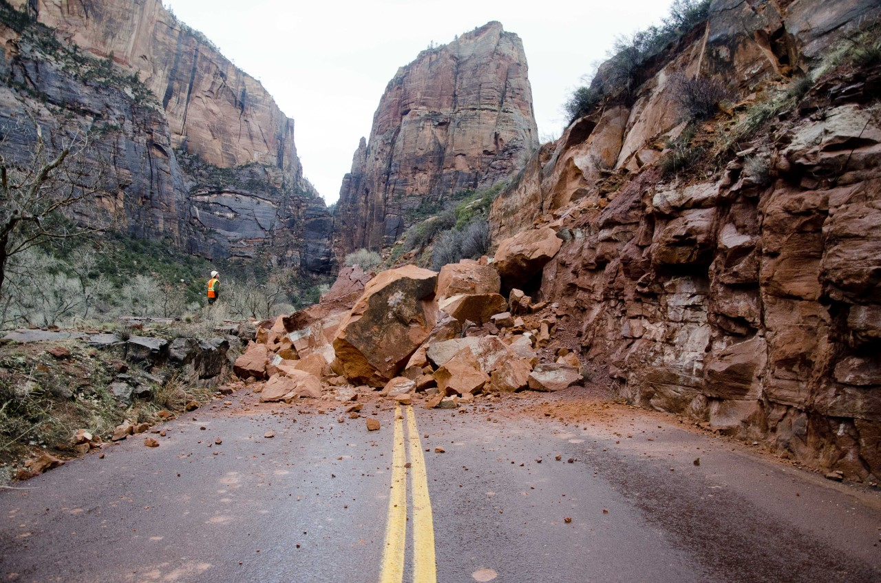 zions park road closure_1484418347724.jpg