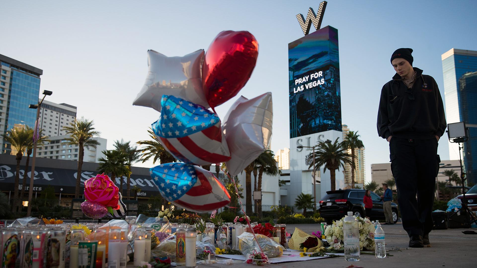 Las Vegas Mass Shooting memorial by W Hotel-159532.jpg84553958