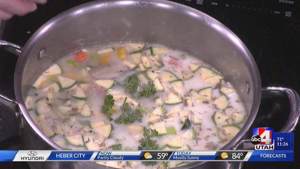 Fall comfort food recipe: fresh corn and zucchini chowder