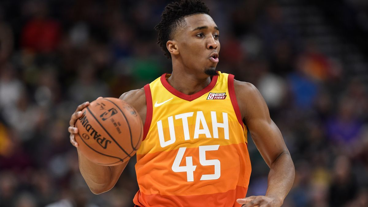 the best attitude 6fe19 6ef12 Utah Jazz guard Donovan Mitchell unveils his first signature ...