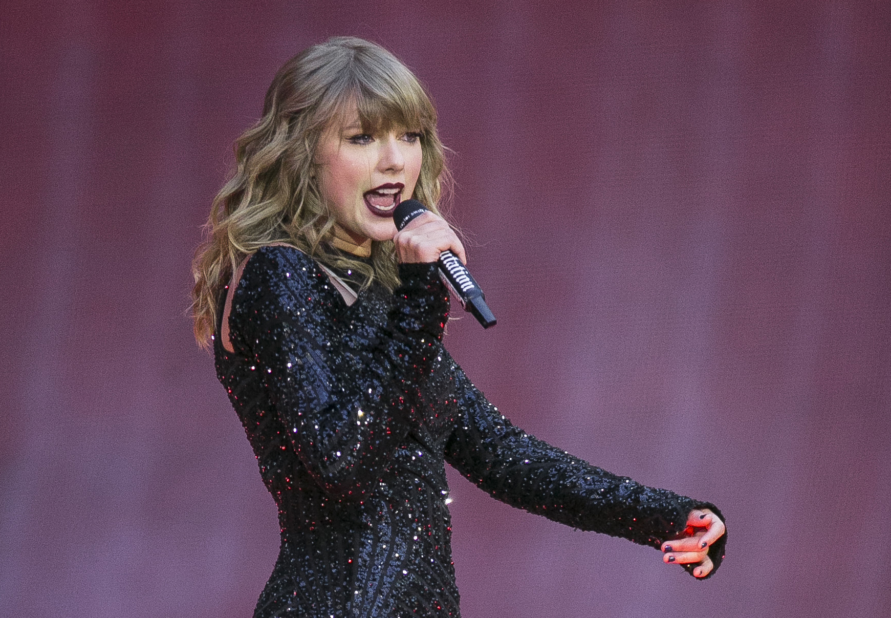 People_Taylor_Swift_07117-159532.jpg33392982