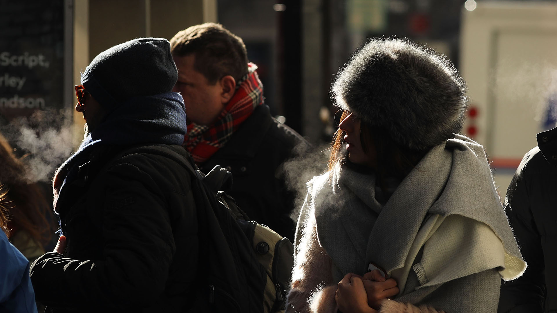 Cold weather, winter chill, frigid Manhattan, New York32209714-159532