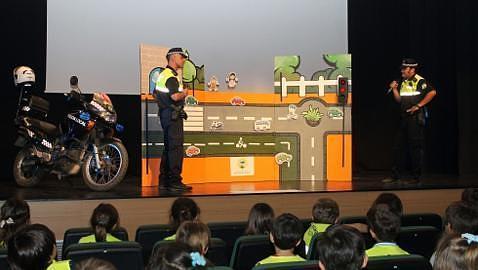 250 alumnos reciben Educación Vial a través del teatro