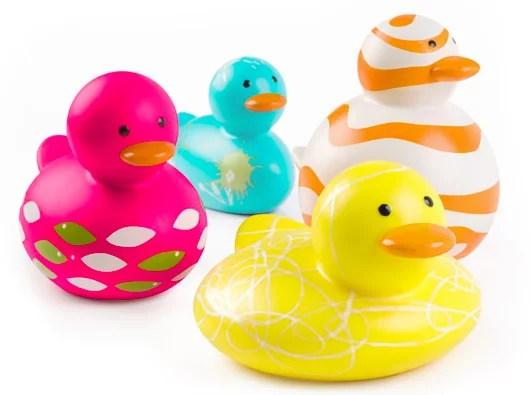 Brinquedos e a segurança do bebé