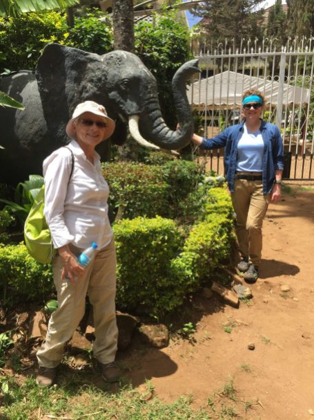 Jan, Cori and elephant sculpture