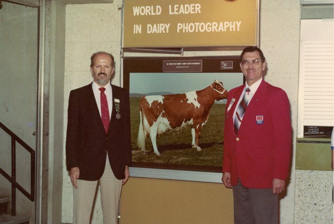 1979: The photographer Danny Weaver (USA) took this picture of the famous Triple daughter Guex Triple Tulipe Red EX-98 in Switzerland.