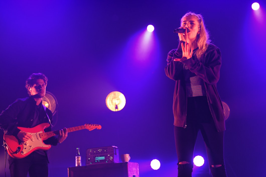london-grammar-fox-theater-oakland-brendan-mcweeney-7