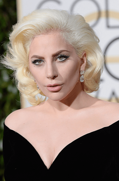 lady gaga's red carpet look