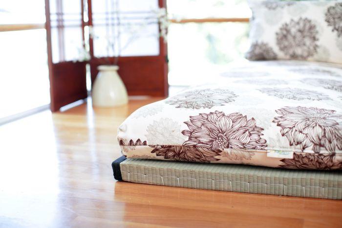 tatami-mat-with-futon-on-top