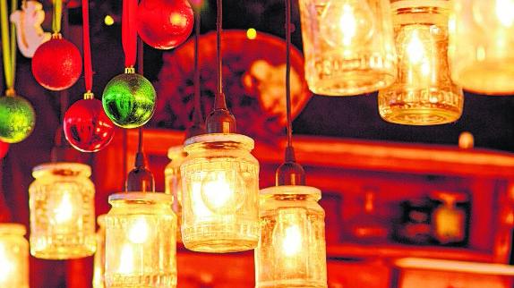 Traditions-Weihnachtsmärkte öffnen in Mitte