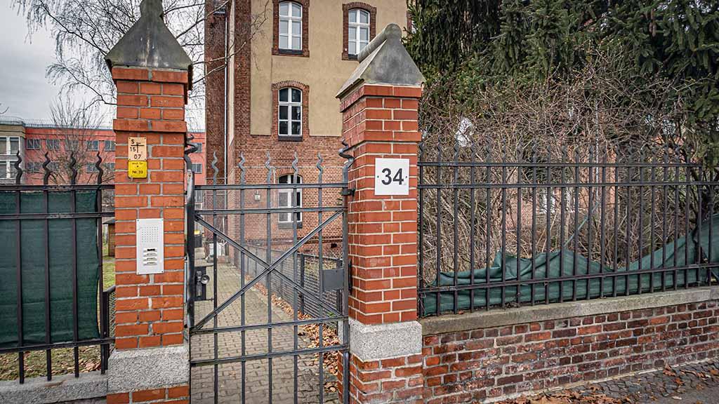 Berlin-Tegel: Anwohner wehren sich gegen offenen Vollzug