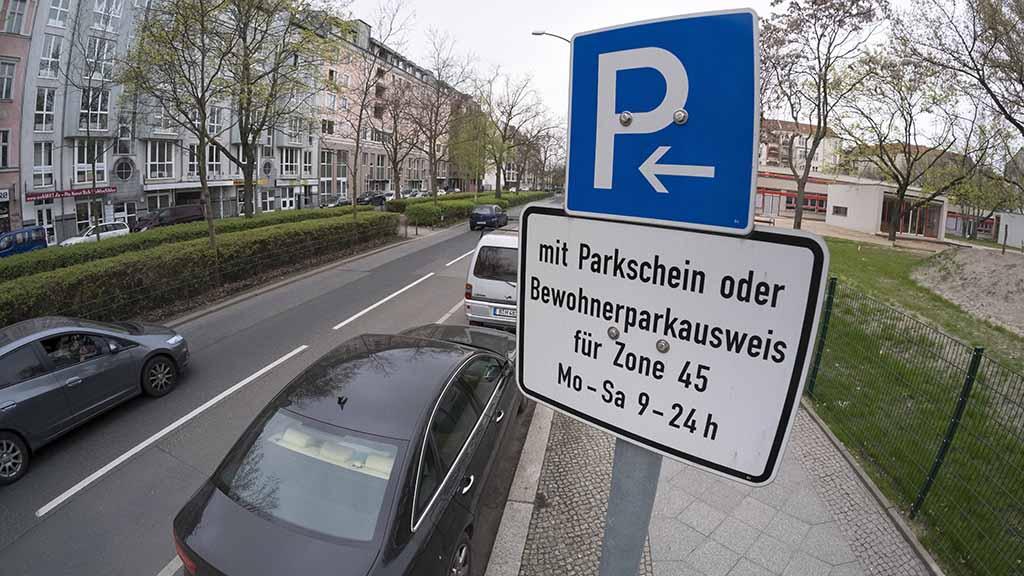 Anwohnerparkausweise in Berlin sollen teurer werden