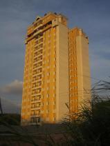 Jundiaí in der der Abendsonne (irgendein Hochhaus)