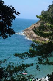Abstieg zur Praia do Éden