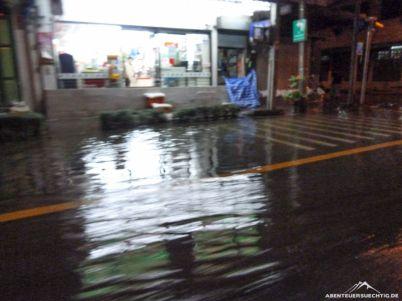 Statt der großen Flut nur eine kleine Überschwemmung in Bangkok