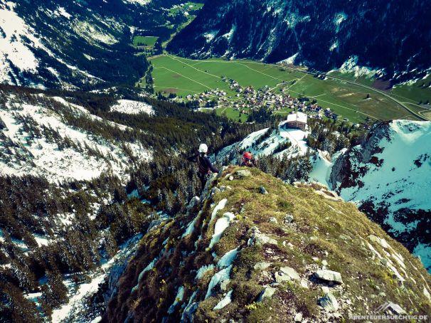 Oben auf dem Hochwiesler Ostsporn mit Blick auf das Gimpelhaus