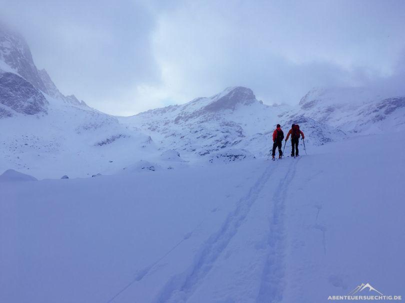 Dennis und Flo auf Skitouren im Engading.