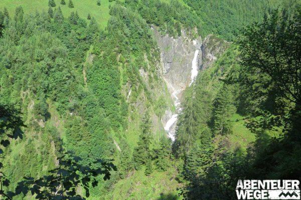 Ausblick auf den Simms-Wasserfall