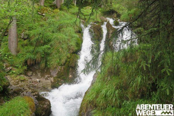 Der Doser-Wasserfall am Lechweg