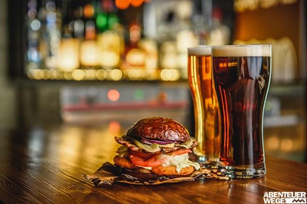 Burger & Bier im Pub - Einfach aber lecker!
