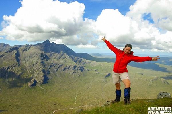 Anja beim Wandern auf der Isle of Skye
