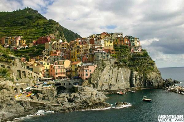 Bunte Fischerdörfer und Weinhänge in den Cinque Terre