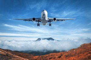 Wie vergleiche ich Preise & buche günstige Flüge?
